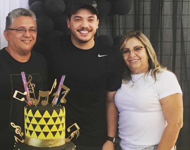 Mãe de Wesley Safadão tem candidatura cassada