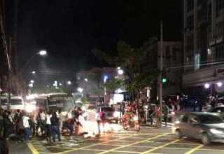 Manifestantes bloqueiam a Av. Djalma Batista / Via Whatsapp