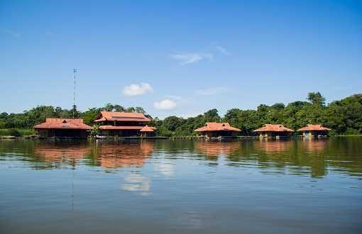 """Parte dessa experiência está reunida na publicação """"Lições e Reflexões sobre o Turismo de Base Comunitária na Reserva Mamirauá"""" / Divulgação"""