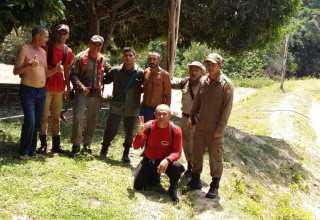 Resgate ocorreu na tarde desta segunda-feira (7) (Foto: Divulgação/Bombeiros)