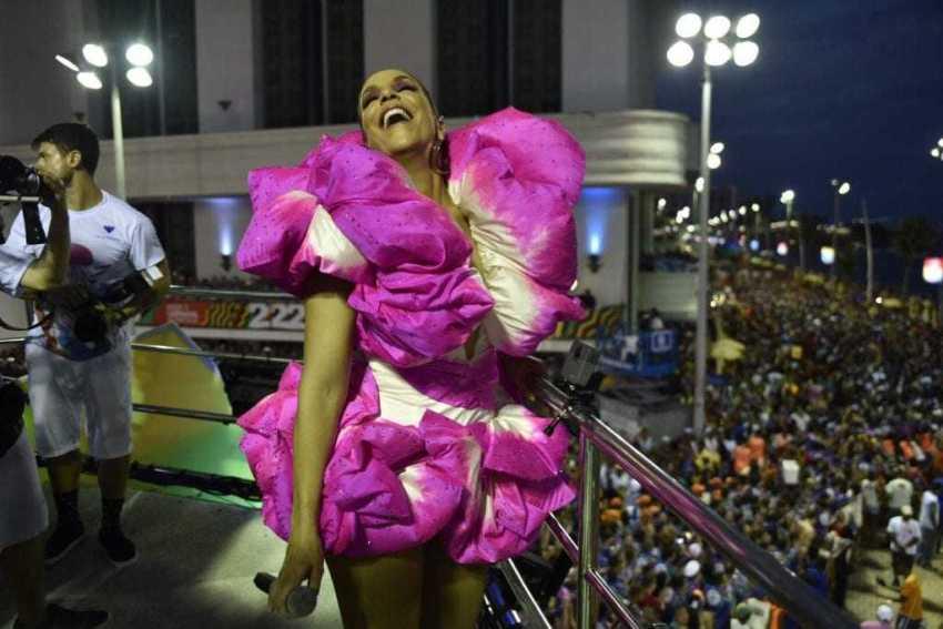 Ivete puxa Bloco Coruja no quinto dia de carnaval. / Foto: Elias Dantas/Ag. Haack