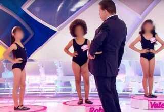 Programa Silvio Santos faz crianças desfilarem de maiô e internautas se degladiam