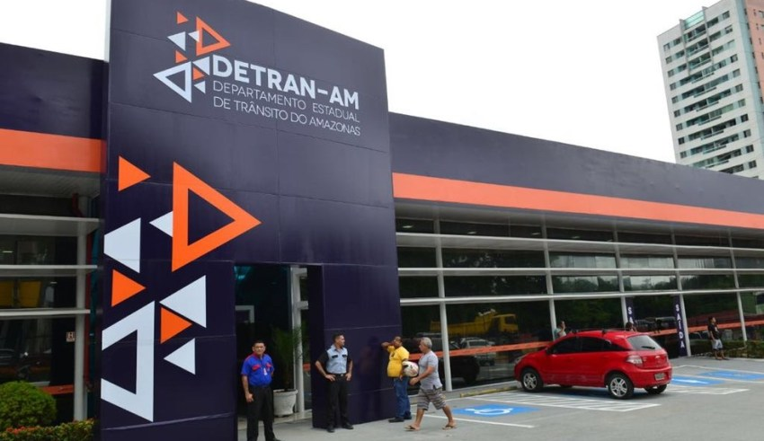Taxas de serviços do Detran-AM podem ser pagas em caixas eletrônicos do Banco Bradesco