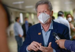 Prefeito de Manaus diz que lockdown é arriscado e defende reunião mais ampla sobre assunto