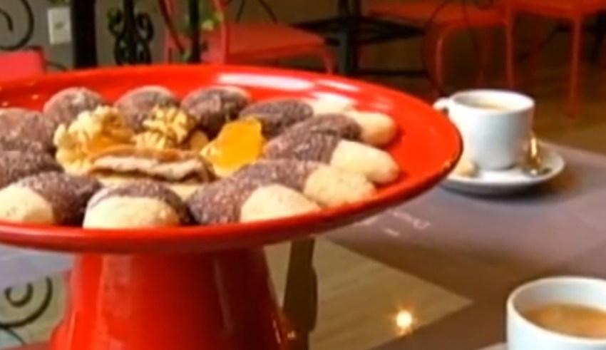 Aprenda a fazer o famoso e delicioso biscoito Monteiro Lopes!