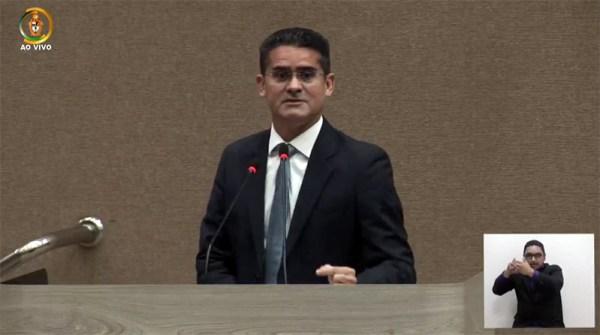 Prefeito David Almeida abre ano legislativo com leitura da Mensagem Governamental