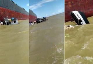 Vídeo registra embarcação afundando e desespero de homem