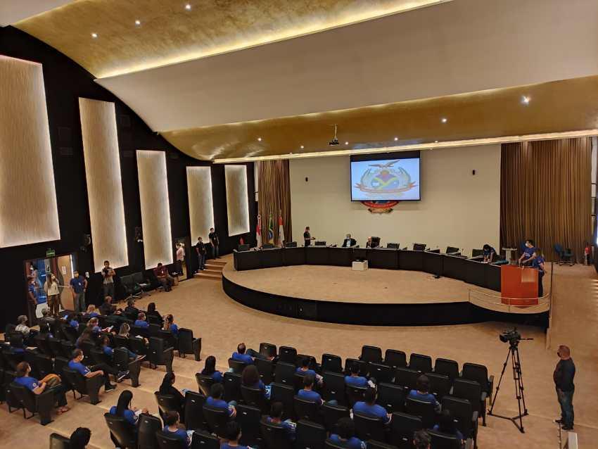 Ouvidoria do TCE-AM empossa alunos ouvidores e inicia ciclo de formações para os estudantes / Foto : Matheus Rodrigues