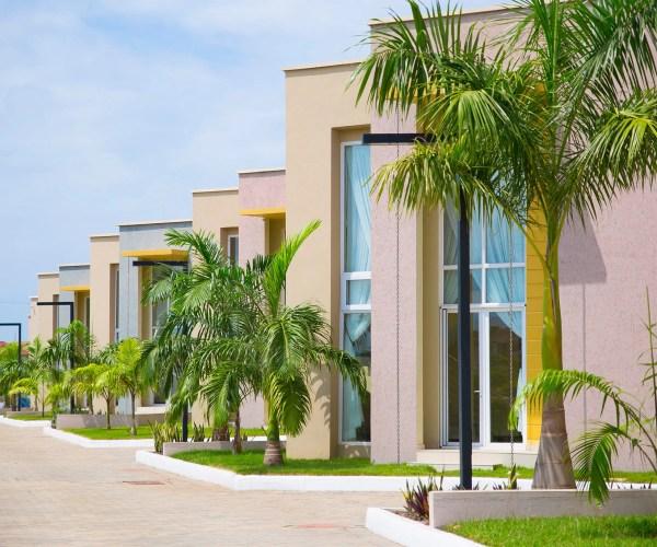 phoenix villas by Mobus Properties