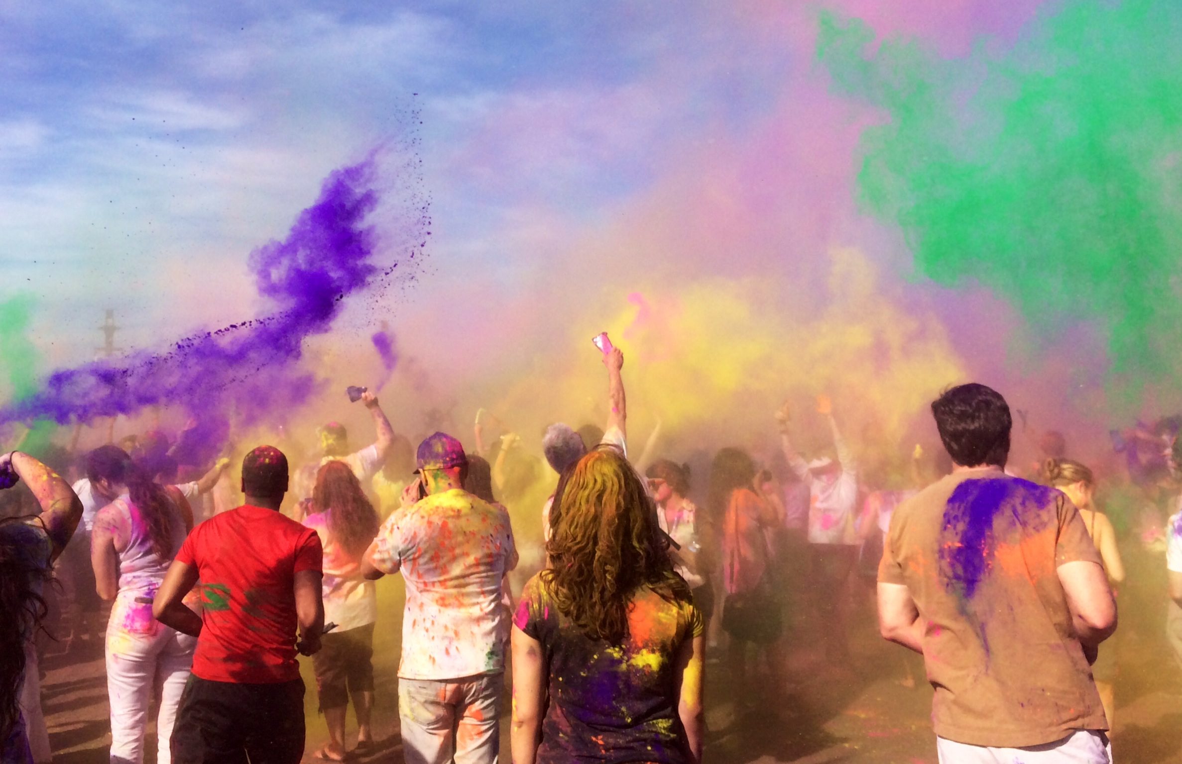 Celebrating Holi The Festival Of Colors In Los Angeles