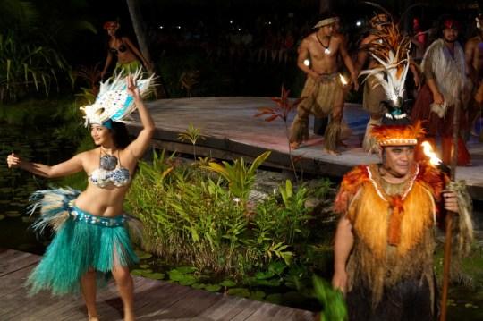 Te Vara Nui - Guide to the Cook Islands with Kids