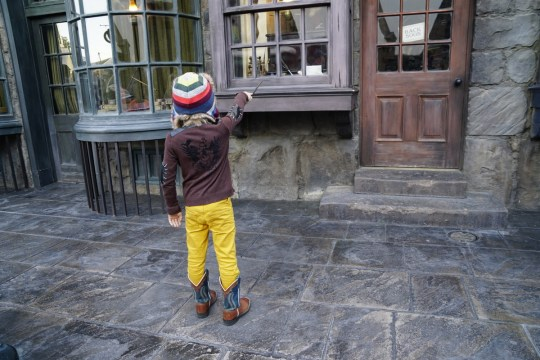 Make magic at the Wizarding World of Harry Potter