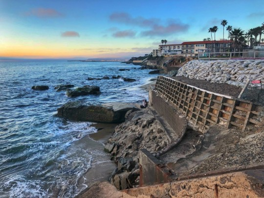 Best Area to Stay in San Diego is the Sunset Cliffs Neighborhood
