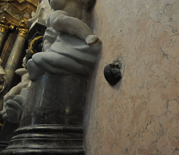 Cannonball from the time of the siege of Jasna Góra by the Swedish army, stuck in the wall of the Basilica.