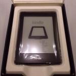Kindle Paperwhiteが届きました。初代koboと比べて操作性が格段によくなった。