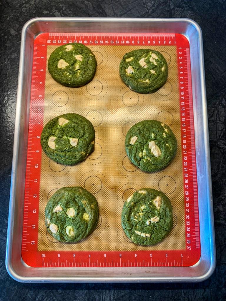white-chocolate-matcha-cookies