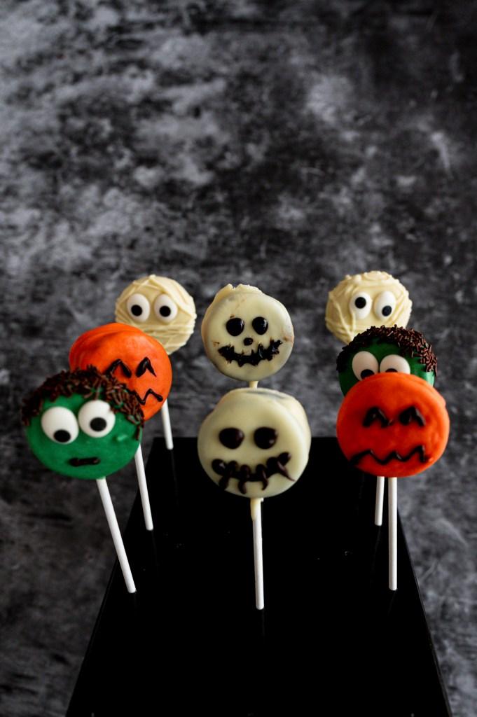 halloween-oreo-pops