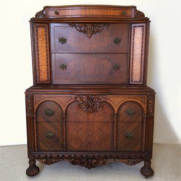 Antique furniture! Beautiful large antique chest