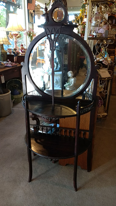 Petite 201 Tag 232 Re With Round Beveled Mirrors Noble