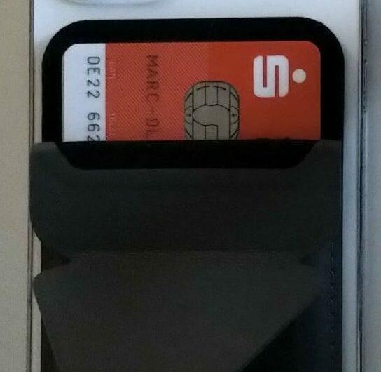 MOFT – Geräteständer und Kartenetui mit MagSafe für iPhone 12 Serie