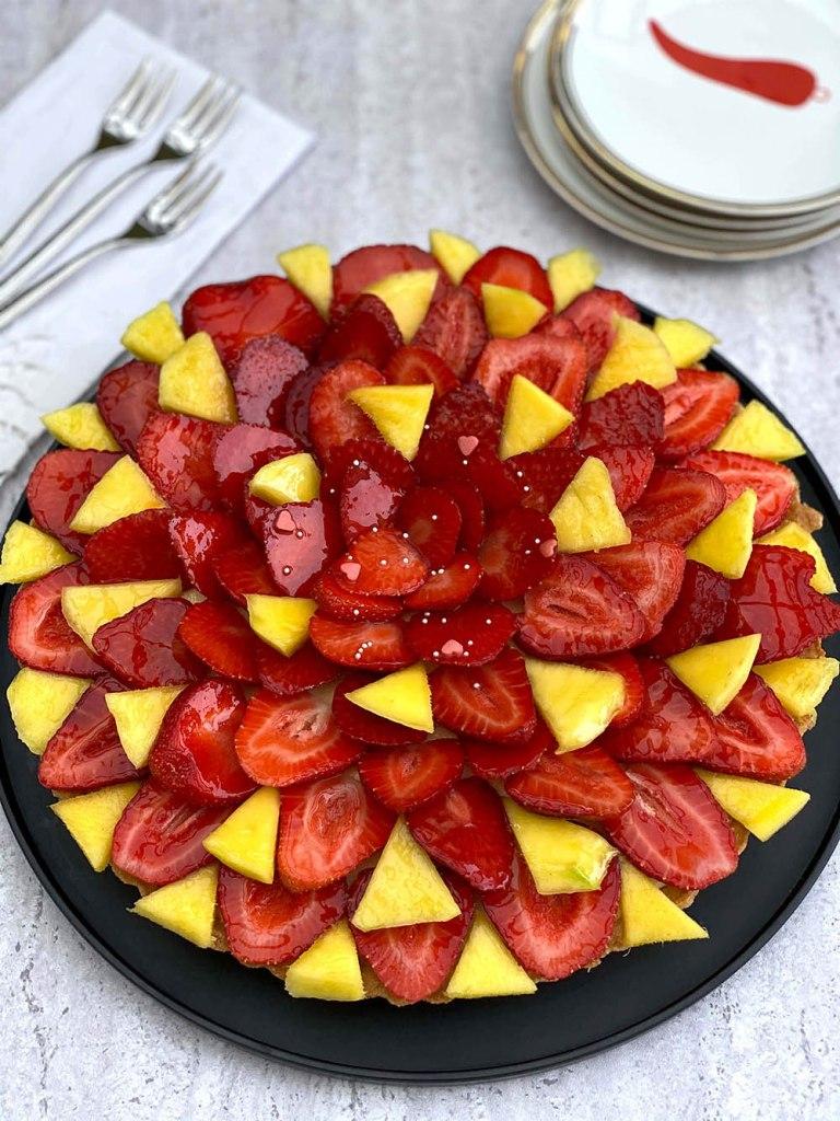 Crostata con mousse al mango