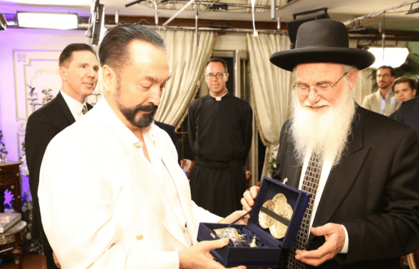 Adnan OKTAR told Israeli rabbis that Islam is the religion of peace.
