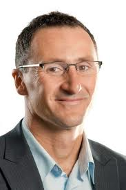 Senator Richard Di Natale - wants to force the AVN to disband in order to silence debate on the issue of vaccination.