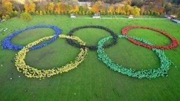 largest-human-image-of-the-olympic-rings-header_tcm25-405124