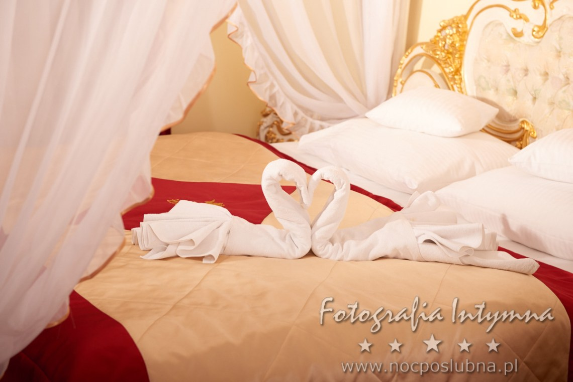 Królewski apartament - piękne miejsce na sesję fotografii intymnej