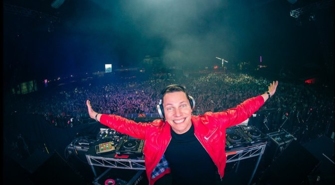 Semi-Oldie But Goodie: 'Say Something' by Dutch DJ/Producer, Tiësto #NoCritisJustArtists @tiesto