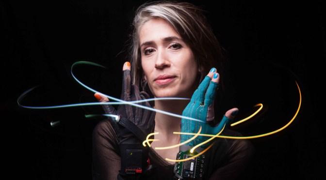 Meet Folktronica/English Singer-Songwriter and Composer, @ImogenHeap #NoCriticsJustArtists