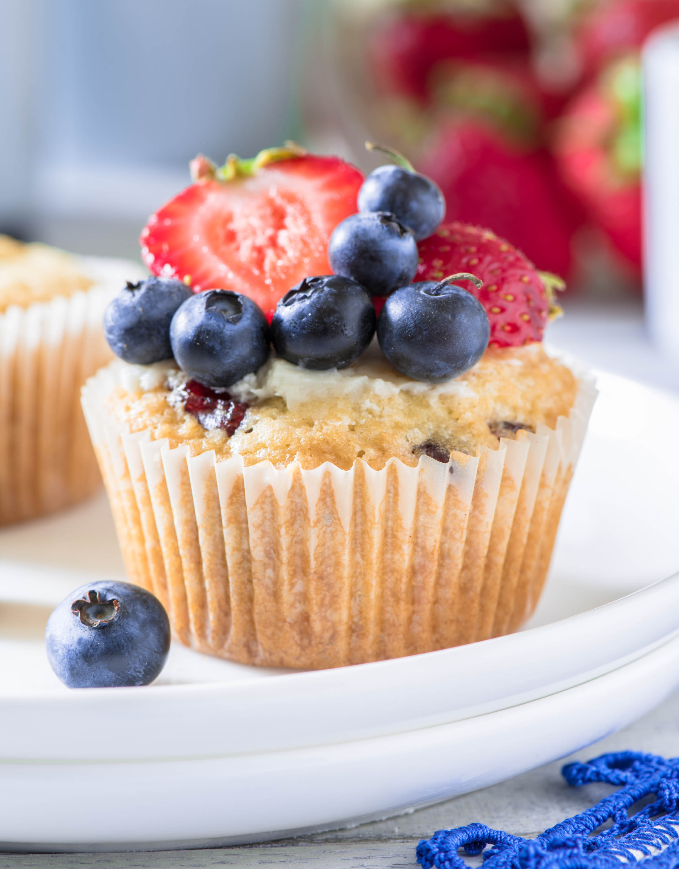 Macaroon Berry Muffins7(a)