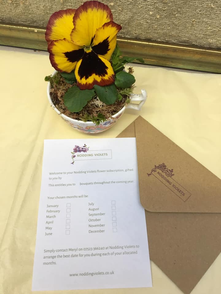 Form to request regular flowers from Nodding Violets