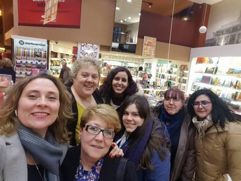 Con Ditar, Julia, Sheyla, Estela, Carmen y María