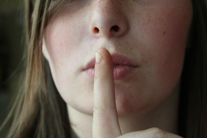 https://pixabay.com/en/secret-lips-woman-female-girl-2725302/