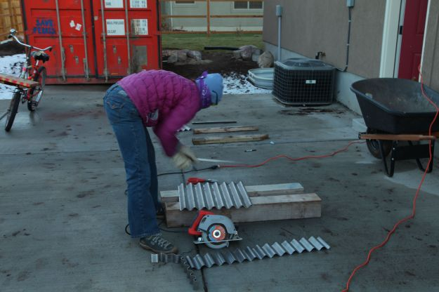cutting corrugated metal