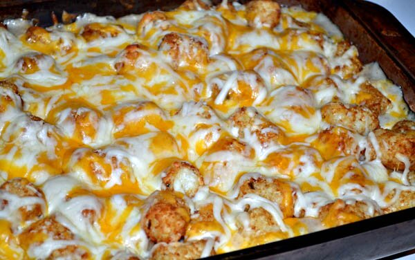 Frugal and Weeknight Easy:Tater Tot Casserole