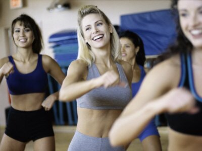 young-women-exercising-in-an-aerobics-class2