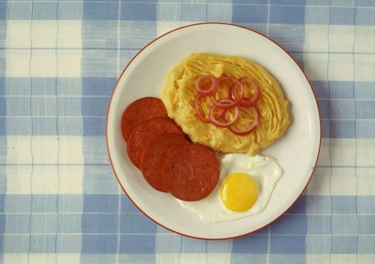 il mangù è la pietanza tipica per iniziare la giornata