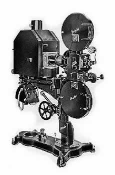Evoluzione storico-tecnica dell'apparato di proiezione cinematografica