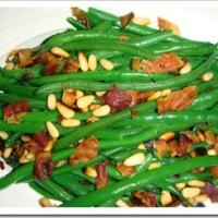 Green Beans with Bacon & Garlic Pine Nuts or Almonds Recipe