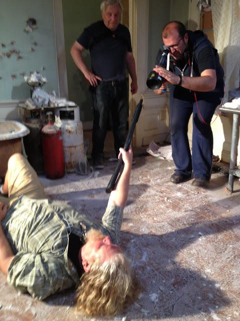 Primera imagen oficial del rodaje de 'Tovarek', donde Paco Cabezas dirige a Nicolas Cage