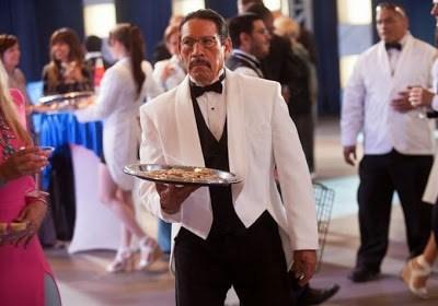 Clip de Carlos Estévez diciendo que haría si fuese presidente y nuevas imágenes de 'Machete Kills'