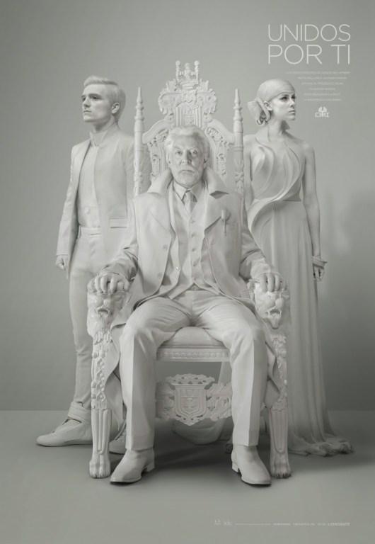 Mensaje interrumpido del presidente Snow y primer póster de 'Los juegos del hambre: Sinsajo - Parte 1'