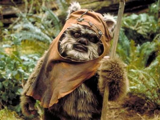 Warwick Davis se incorpora al reparto de 'Star wars: Episodio VII'