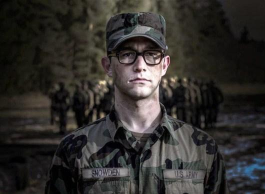 Primeras imágenes de Joseph Gordon-Levitt como Edward Snowden en la adaptación de Oliver Stone