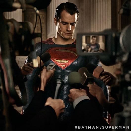 Primer featurette y clip de 'Batman v Superman: el amanecer de la Justicia'