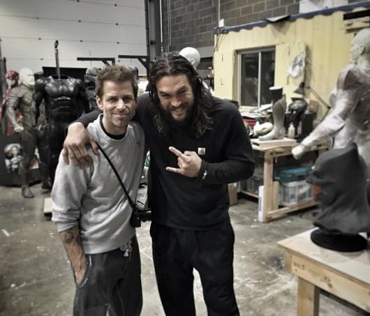 Zack Snyder revela foto de 'La Liga de la Justicia' repleta de trajes de la película