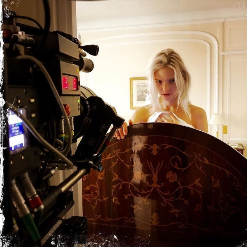 'Anna': Luc Besson revela la primera foto de Sasha Luss en el set