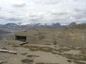 The visitor center at the upper ridge was built to blend into the surroundings.